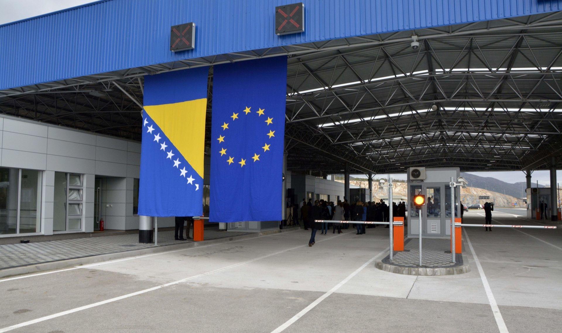Ko može ući u BiH bez testa na COVID-19?